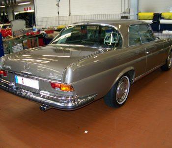 Merceds_Benz_W__111_280_SE_3_5_Bj_1970_Oldtimer