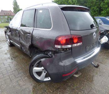 Massive Beschädigung an einem VW Touareg in Zetel
