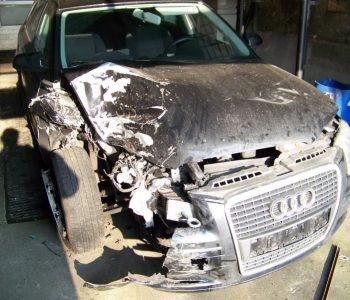 verunfallter_Audi_A4_Avant
