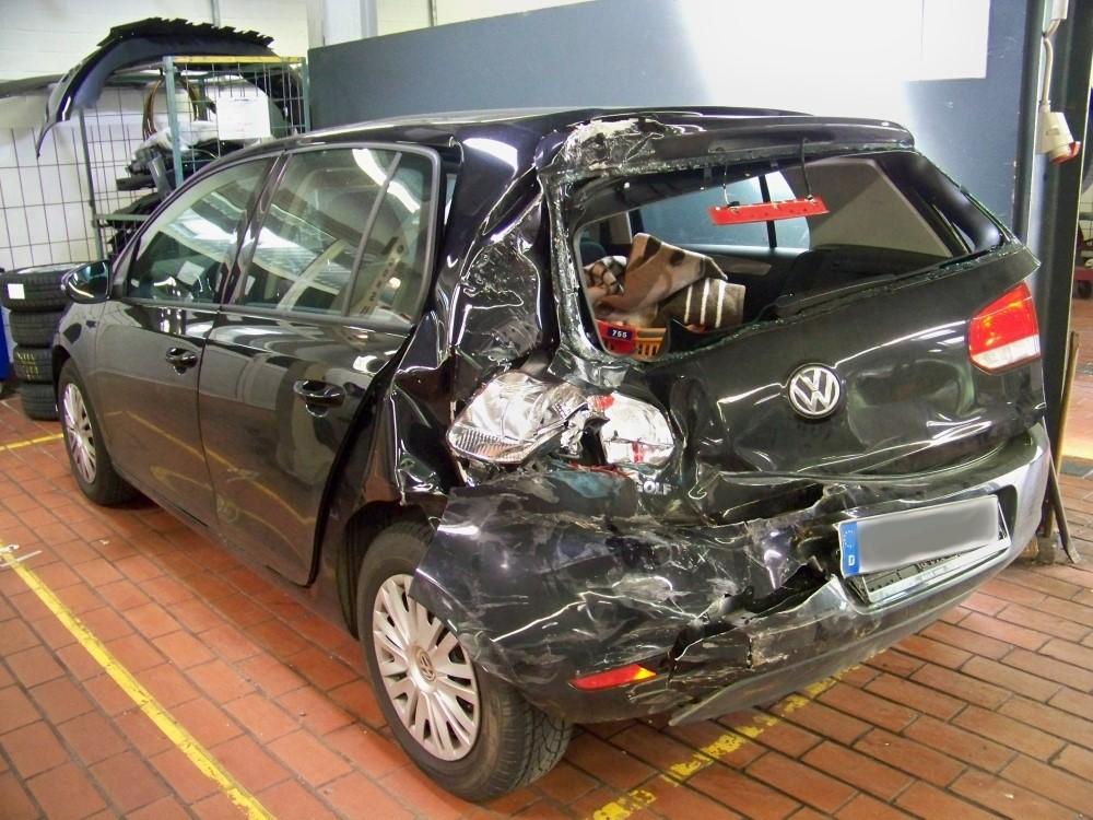 Unverschuldeter Unfall in Wittmund? Kfz Sachverständiger Ralf Bürmann hilft.